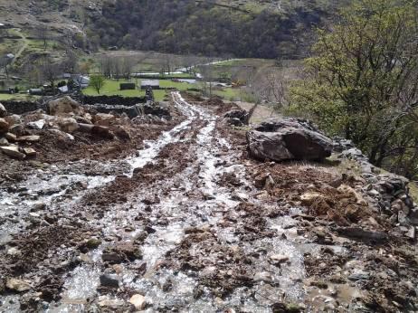 Silt run-off causing pollution to the Nant Peris and Llyn Padarn.